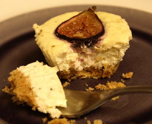 Savoury fig & rosemary cheesecake