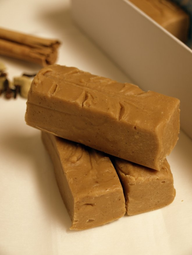 Chai bourbon fudge