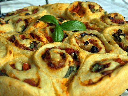 Pizza Chelsea buns