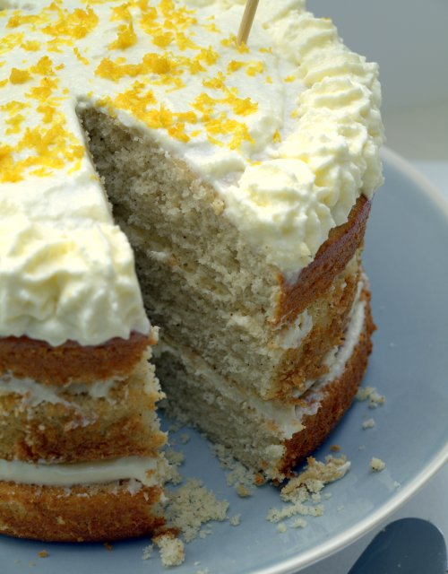 Earl Grey and lemon layer cake