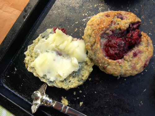 blackberry bourbon scones