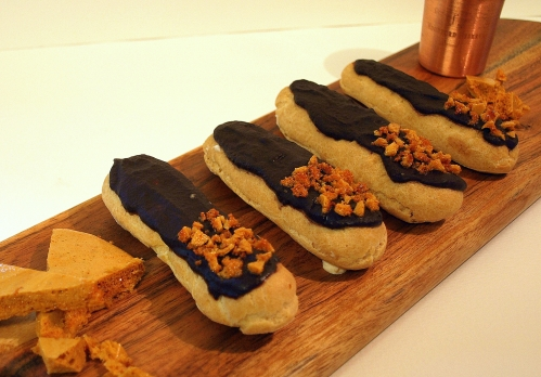 Whisky honeycomb eclairs
