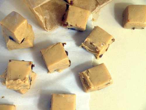 rum & raisin fudge